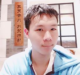 马佳豪 上海杉达学院考入上海海洋大学